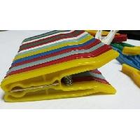 Пластмасови щипки за пране 80 пакета От КОКО ПЛАСТ ЕООД
